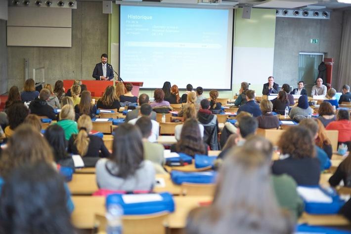 1485 Studierende bei der FernUni Schweiz