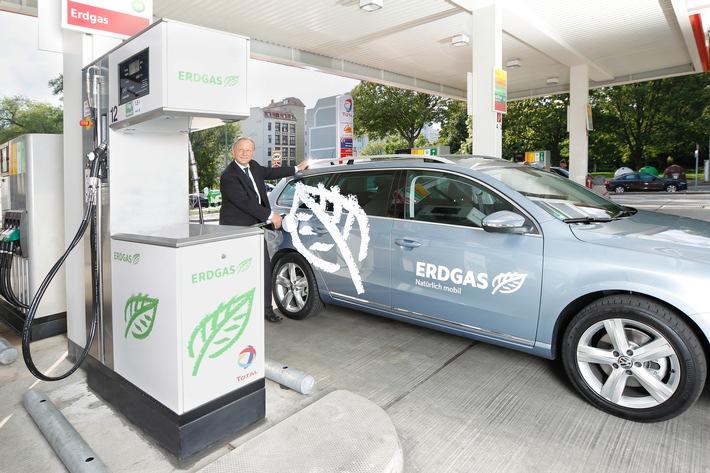 Erdgasfahrzeuge auf Platz eins im ADAC Kundenbarometer / Zufriedenheit mit Kraftstoffverbrauch bei Erdgas-Fahrern am höchsten