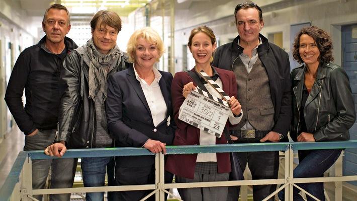 """""""Tatort"""" aus Ludwigshafen / In der Regie von Roland Suso Richter spielen Ulrike Folkerts, Andreas Hoppe, Lisa Bitter, Michele Cuciuffo und Saskia Vester"""
