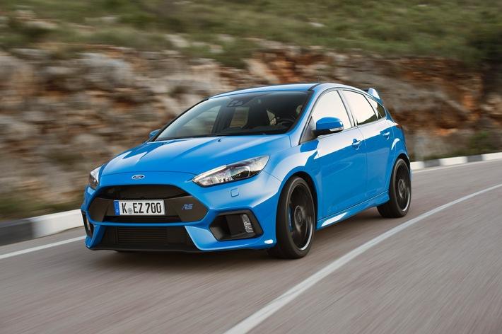 "Experten-Jury der ""Vehicle Dynamics International"" wählt Ford Focus RS zum ""Car of the Year 2016"""