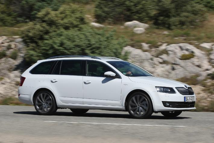 Effizient, kraftvoll, luxuriös: Neuer Topmotor für den SKODA Octavia Combi L&K