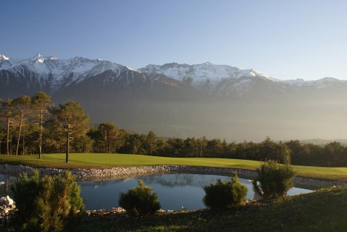 Immer einen Schritt voraus: Am Mieminger Plateau beginnt die Tiroler Sommersaison schon im April