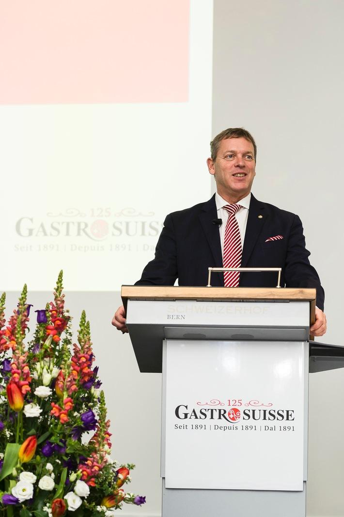 Die Folgen der Frankenstärke sind schwerwiegend: GastroSuisse fordert Tourismusgipfel und politisches Handeln