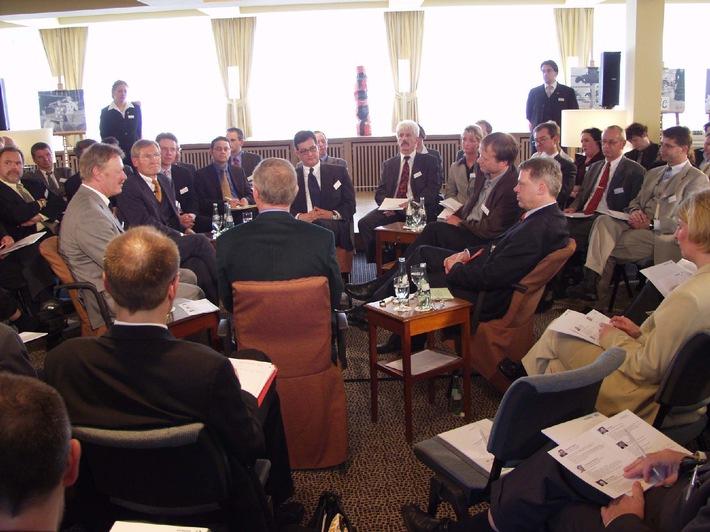 1. Wiesbadener Symposium der Schufa Holding AG