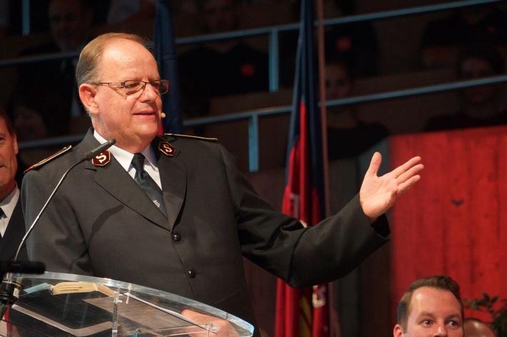 Heilsarmee-General ruft zu sozialem Engagement auf