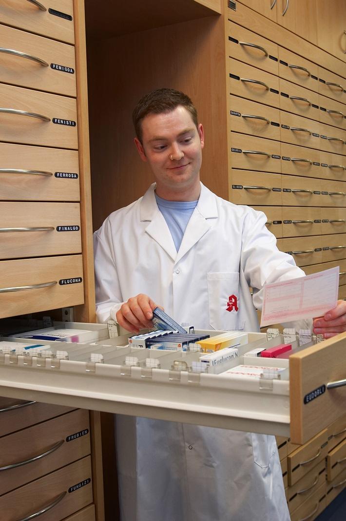 Rabattarzneimittel: Kassen sollten Patienten entlasten und Ausschreibungen an mehrere Hersteller vergeben
