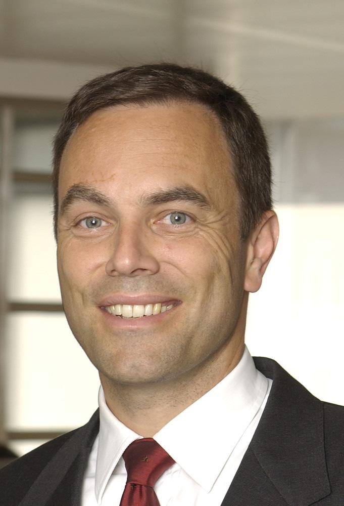 Stephan Kuhn übernimmt die Leitung des Geschäftsbereiches Financial Services von Ernst & Young Schweiz