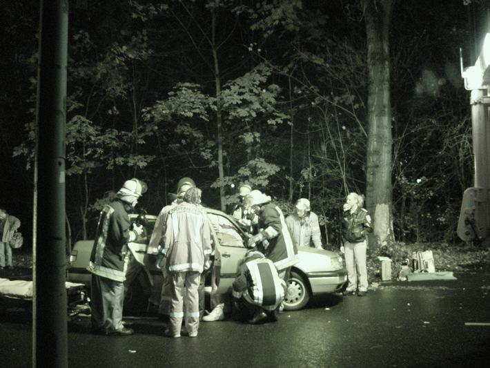 FW-E: Verkehrsunfall in Stoppenberg
