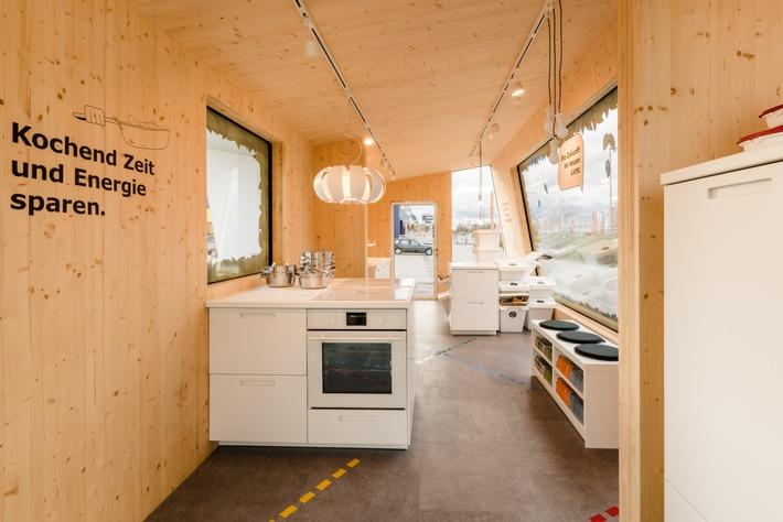 e tankstelle mit cleveren ideen f r ein nachhaltiges. Black Bedroom Furniture Sets. Home Design Ideas