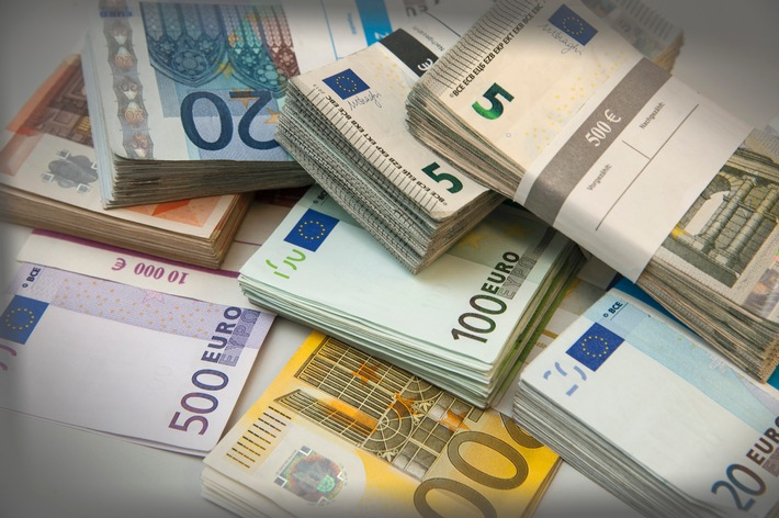 Tipps für den Alltag: Riestern bevor das Geld weg ist / Zulagen beantragen - Steuern sparen - Garantiezins sichern