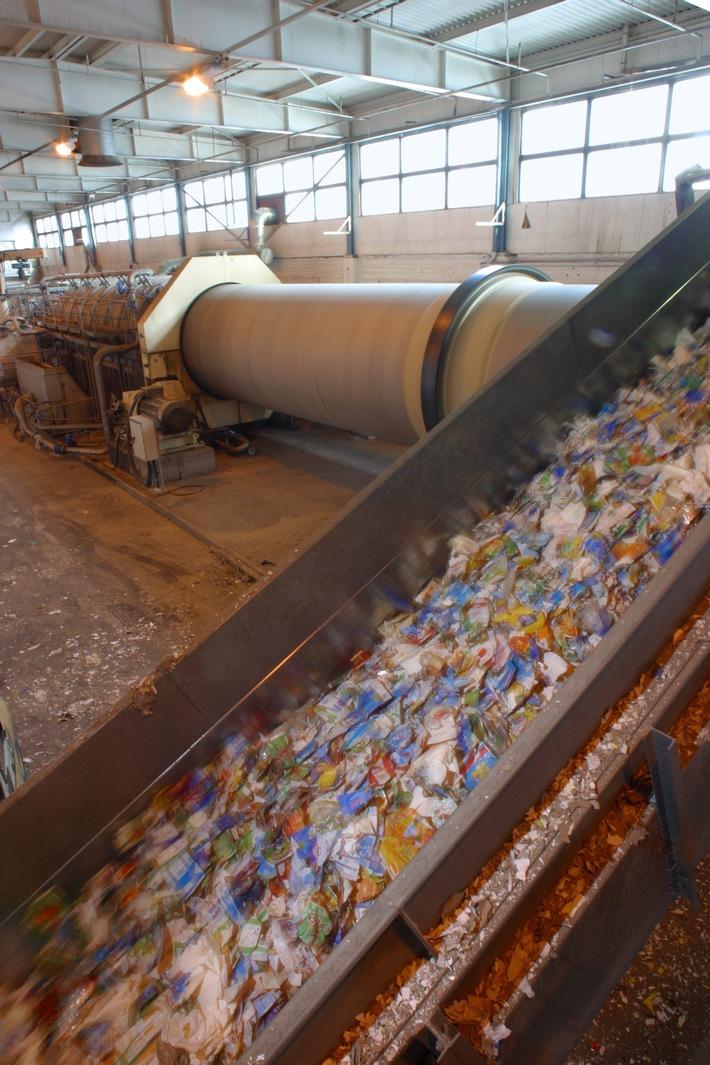 Recycling von Getränkekartons schont das Klima / 145.000 Tonnen verwertet / 53.000 Tonnen weniger CO2 / getrennte Sammlung unverzichtbar