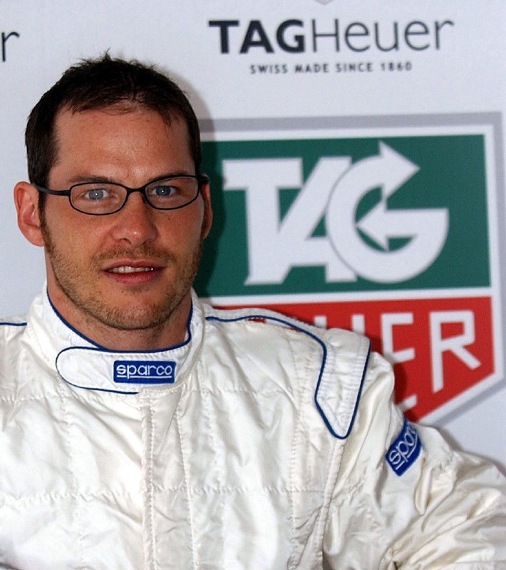 Jacques Villeneuve back in FIA Formula 1 with TAG Heuer