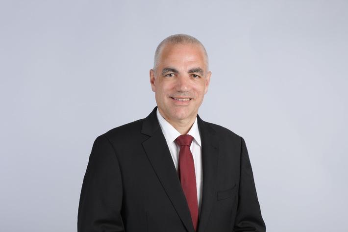 economiesuisse - economiesuisse-Vorstandsausschuss schlägt  Jean-Marc Hensch als neuen Direktor vor