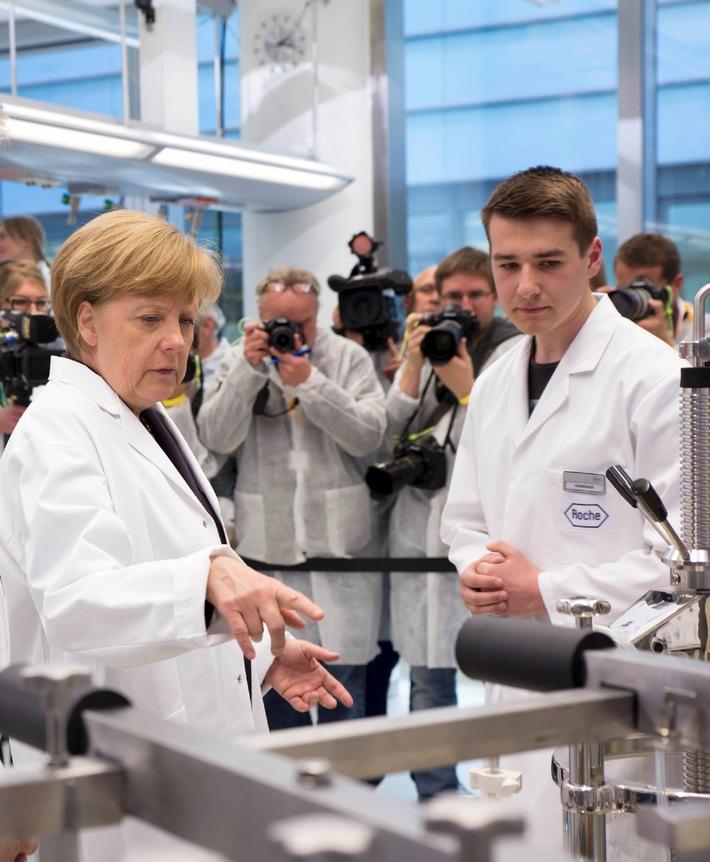 Bundeskanzlerin Merkel besucht Roche in Deutschland