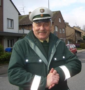 POL-REK: Polizeihauptkommissar Dieter Strohmeier geht in den Ruhestand