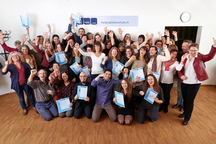 Heilpraktikerschule Luzern: 71 Diplome überreicht