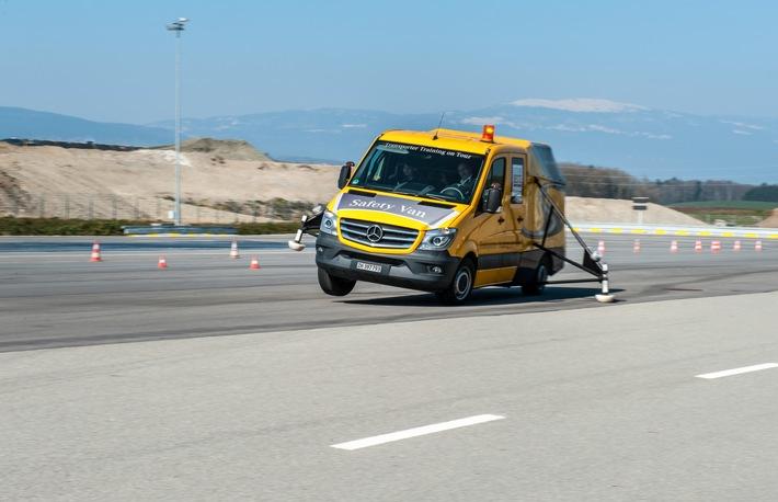 Mercedes-Benz: Transporter Training on Tour - Für mehr Sicherheit im Strassenverkehr