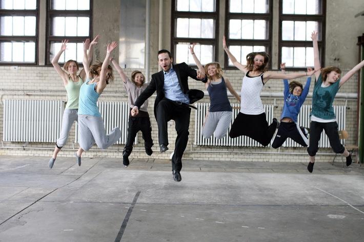 Movimentos Akademie aus Wolfsburg war zu Gast in der Hauptstadt (mit Bild) / Über 100 Kinder und Jugendliche ließen sich von Berliner Kulturszene inspirieren