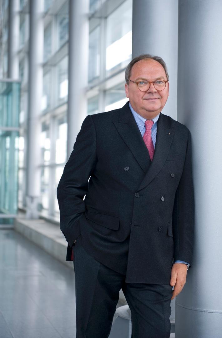 Konzernumsatz im Geschäftsjahr 2011 gestiegen: Düsseldorfer Messechef setzt Erfolgskurs fort
