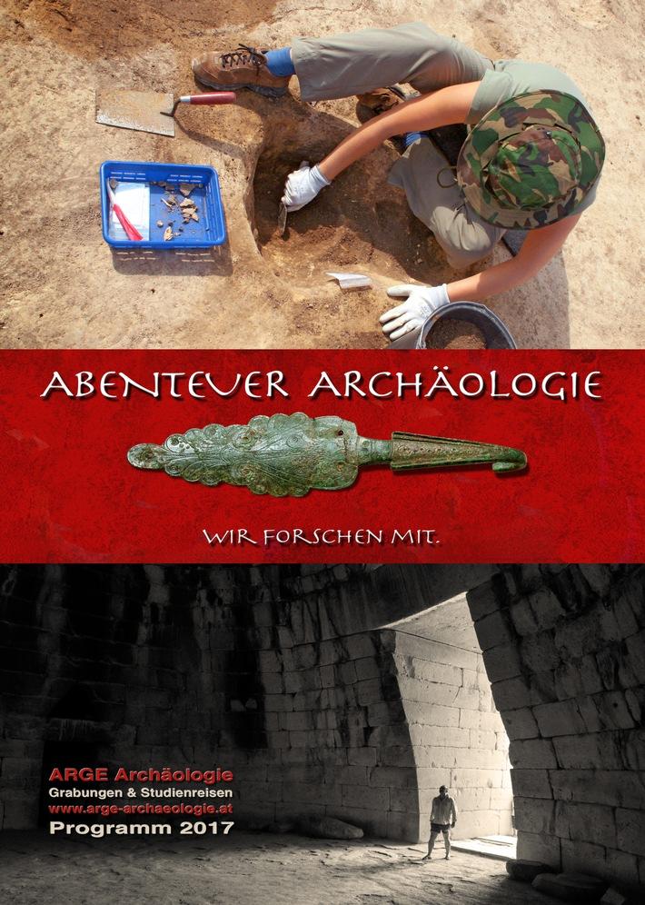 Archäologische Ausgrabung als Weihnachtsgeschenk
