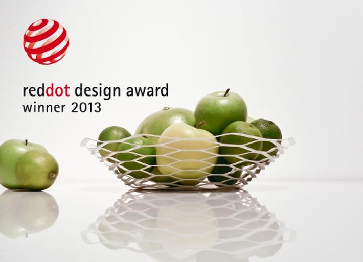 La coupe à fruits La Vague de Manor récompensée du « red dot award: product design 2013 »