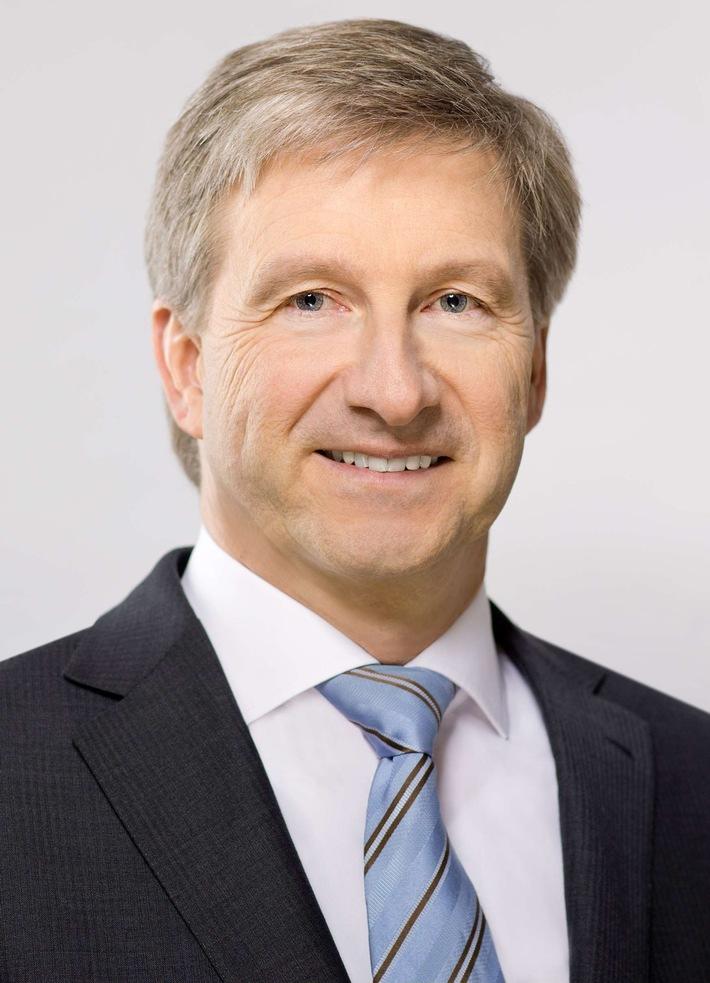 Wechsel an der Spitze des VdTÜV / Prof. Dr.-Ing. Axel Stepken übernimmt den Vorsitz