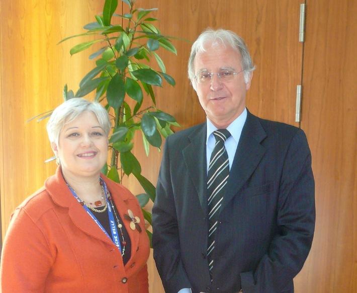 Nouvelle élection au sein du consortium DRM - BBC World Service nommée à la présidence du consortium DRM