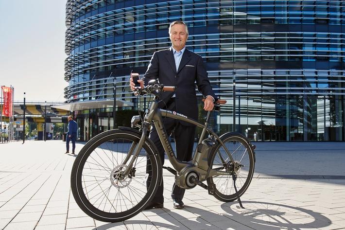 Smart Bikes: Vodafone und Piaggio machen E-Bikes schlau