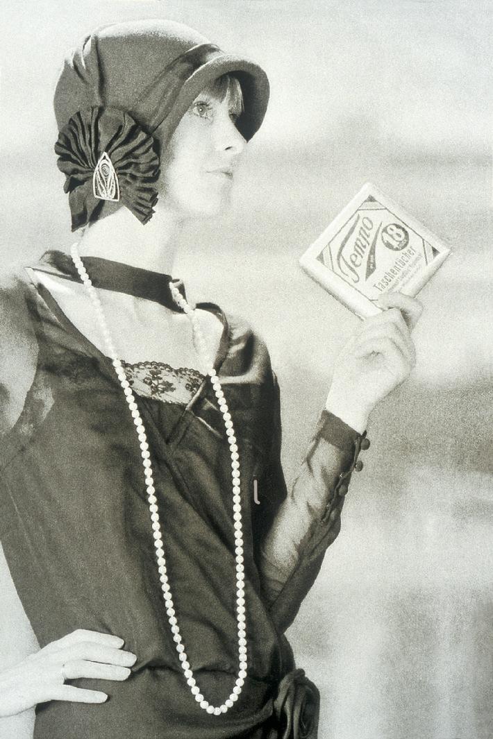 Tempo - Eine Weltmarke feiert 80. Geburtstag / Seit acht Jahrzehnten ist das Tempo Taschentuch immer und überall dabei