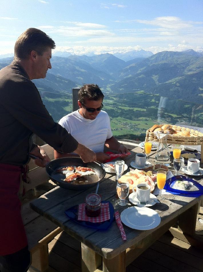 Frühstück am Berg - ein Erlebnis für Genießer: Einzigartige Bergpanoramen und Tiroler Produkte