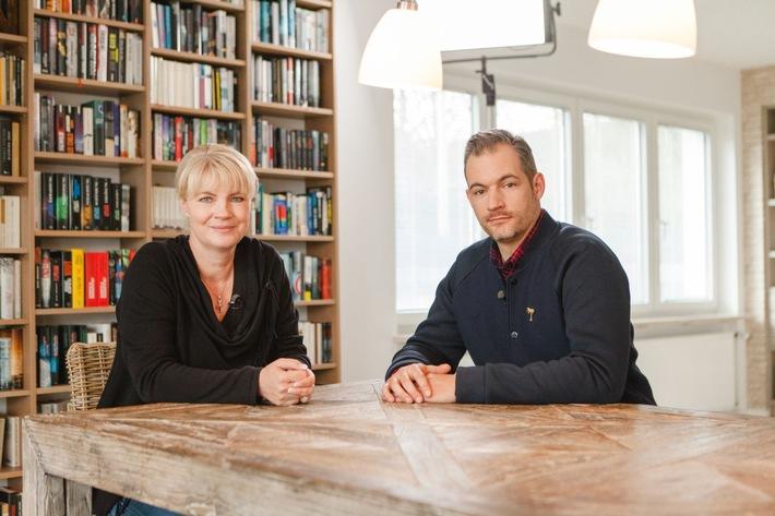 """Exklusiv auf Sky On Demand & Sky Go:  Literaturformat """"Kapitelweise"""" mit Erfolgsautorin Nele Neuhaus"""