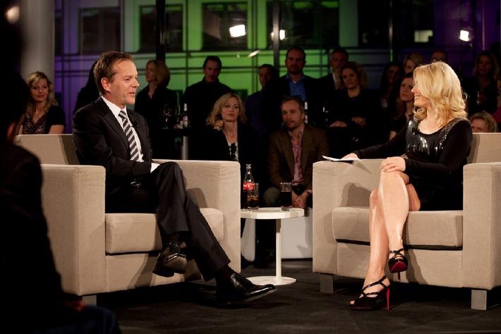 "Sky zeigt weltweit erste 3D Talkshow ""Sky Lounge 3D"" mit Stargast Kiefer Sutherland am 20. November / 20. November um 20.15 Uhr auf Sky 3D / Kiefer Sutherland: ""3D ist eine sehr intime Erfahrung"" (mit Bild)"