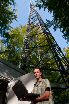 Turboschnelles Surfen in der weißen Stadt am Meer / - Vodafone schaltet ersten LTE-Standort in Heiligendamm / - Ziel für 2010: Über 1.000 Gemeinden in ganz Deutschland (mit Bild)