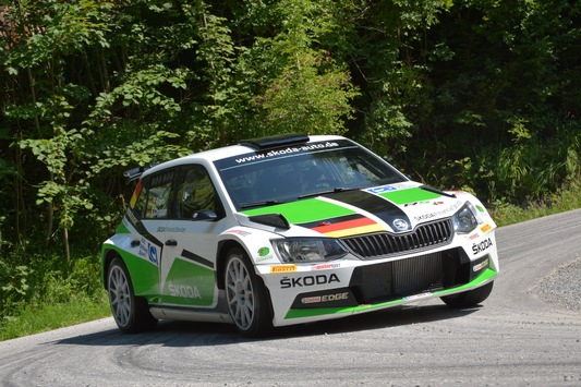 Essen Motor Show: Neuer Superb und das Rallye-Erfolgsmodell sind die Stars von SKODA
