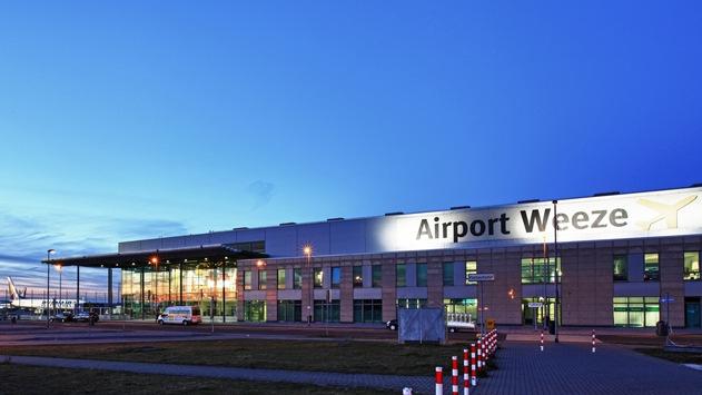 BPOL NRW: Fahndungserfolg der Bundespolizei am Flughafen Niederrhein in Weeze; mit Untersuchungshaftbefehl gesuchter Marokkaner festgenommen