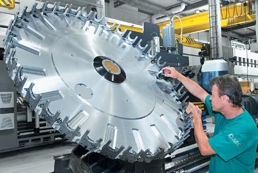 Gildemeister stellt bildmaterial kostenfrei in den for Deckel drehmaschine