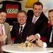 LEGO GmbH trotzt Finanzkrise: Umsatzplus und klarer Marktführer / Klassische Produktlinien und Spielthemen bei Konsumenten weiterhin hoch im Kurs