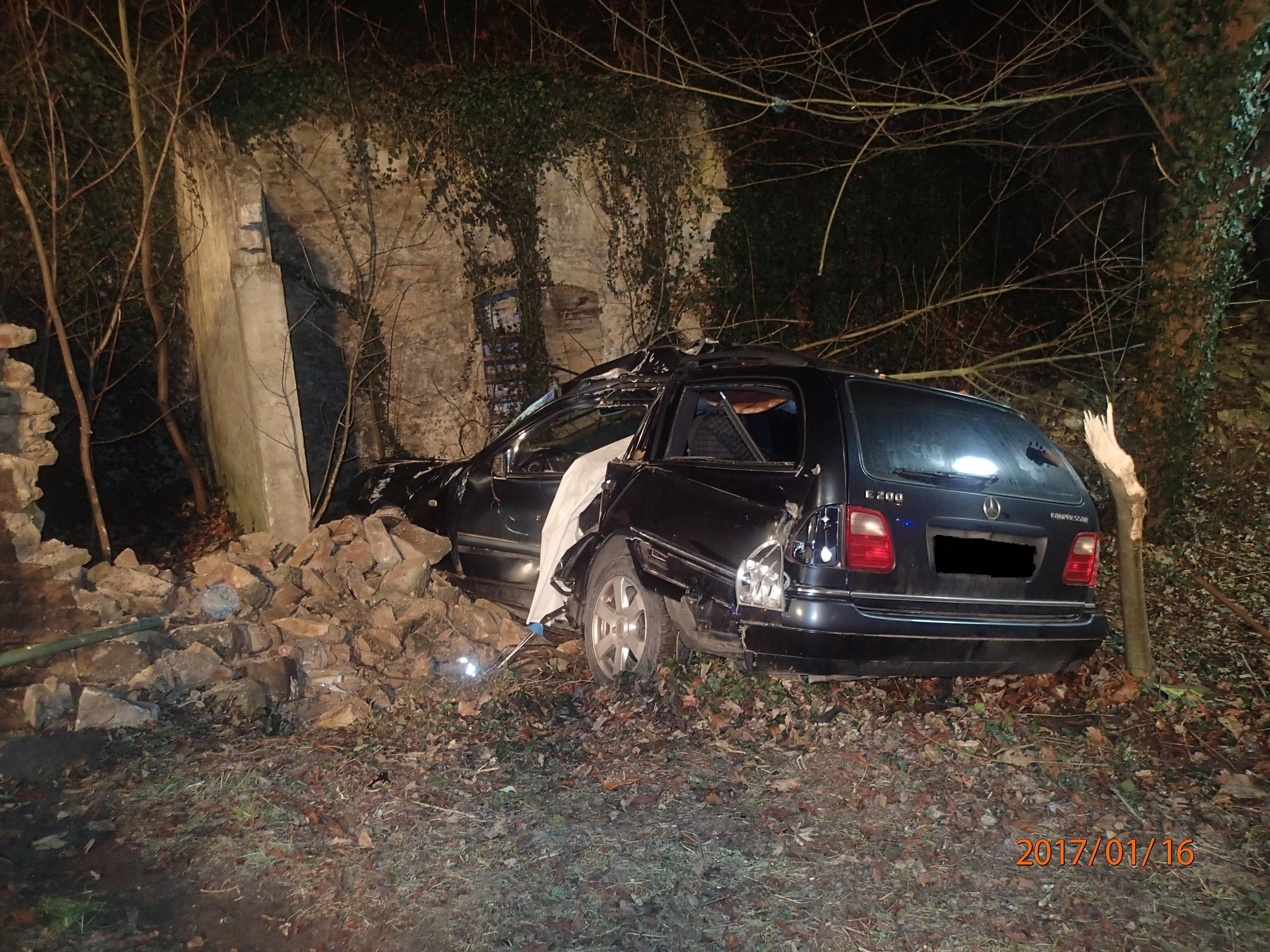 ▷ POL-PPMZ: Tödlicher Verkehrsunfall | Presseportal
