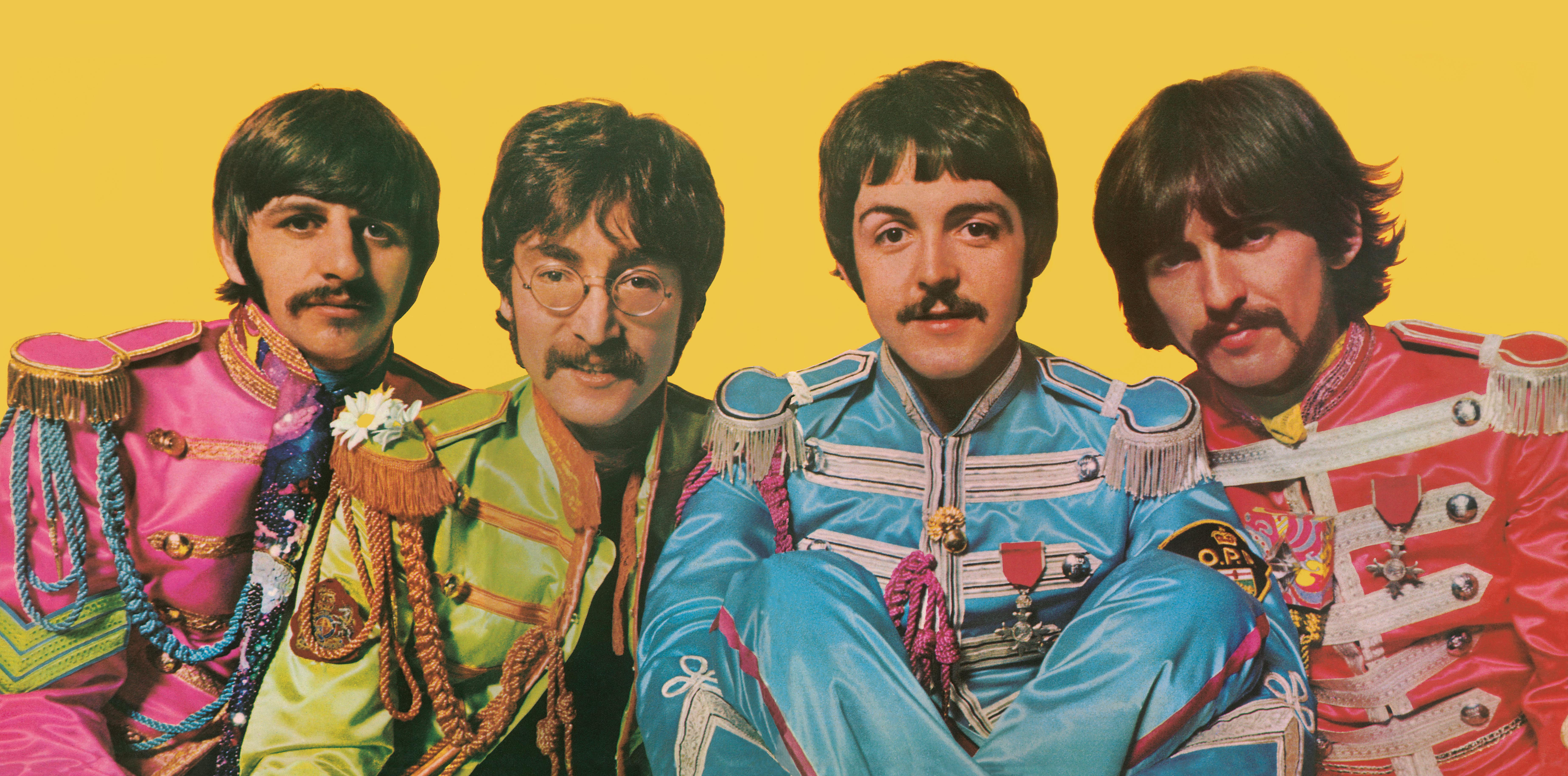 the beatles zelebrieren sgt pepper 39 s lonely hearts club band mit besonderen jubil ums. Black Bedroom Furniture Sets. Home Design Ideas