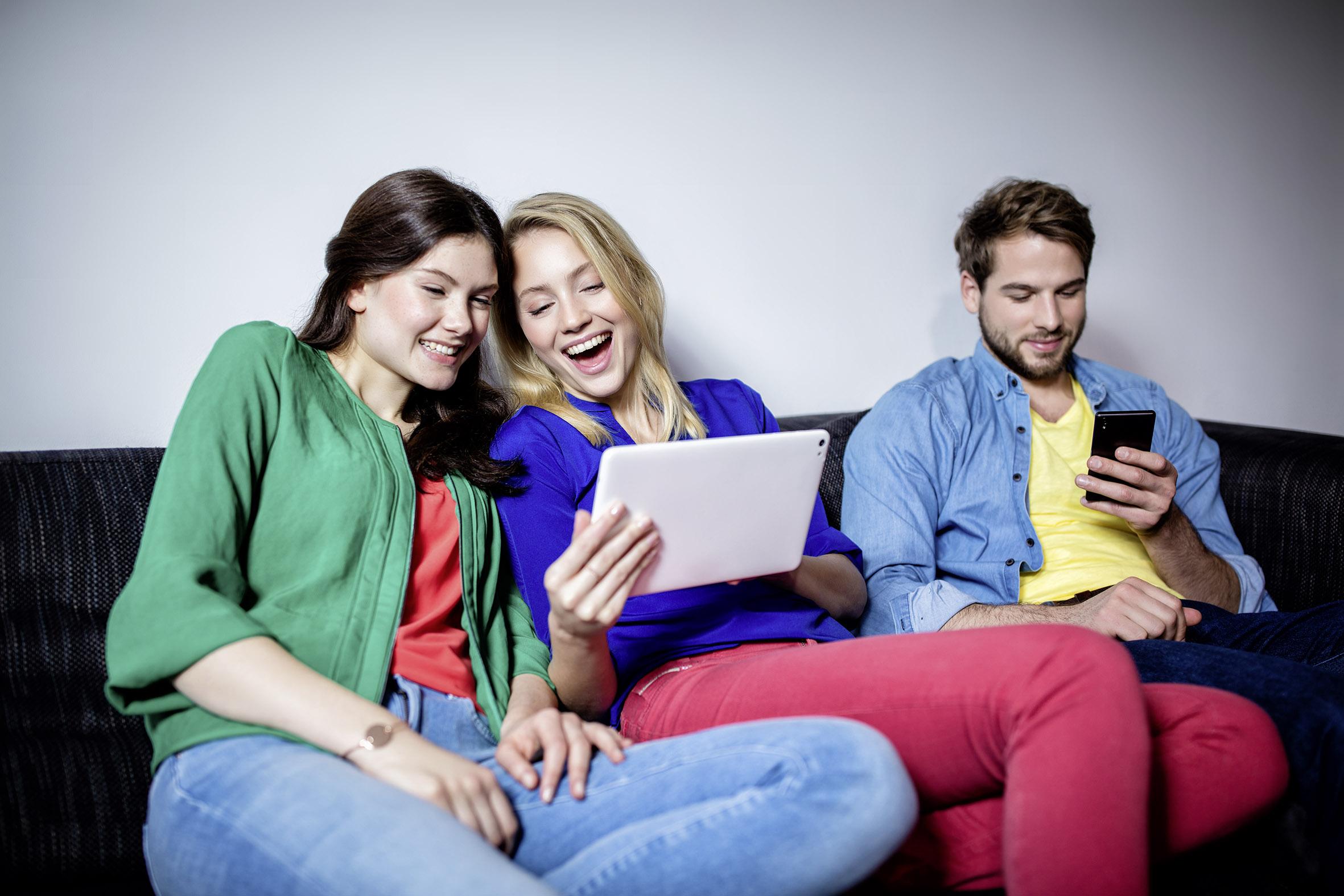 gmbh mantel g nstig kaufen neue studie zum wg leben wlan und flexibilit t besonders wichtig. Black Bedroom Furniture Sets. Home Design Ideas