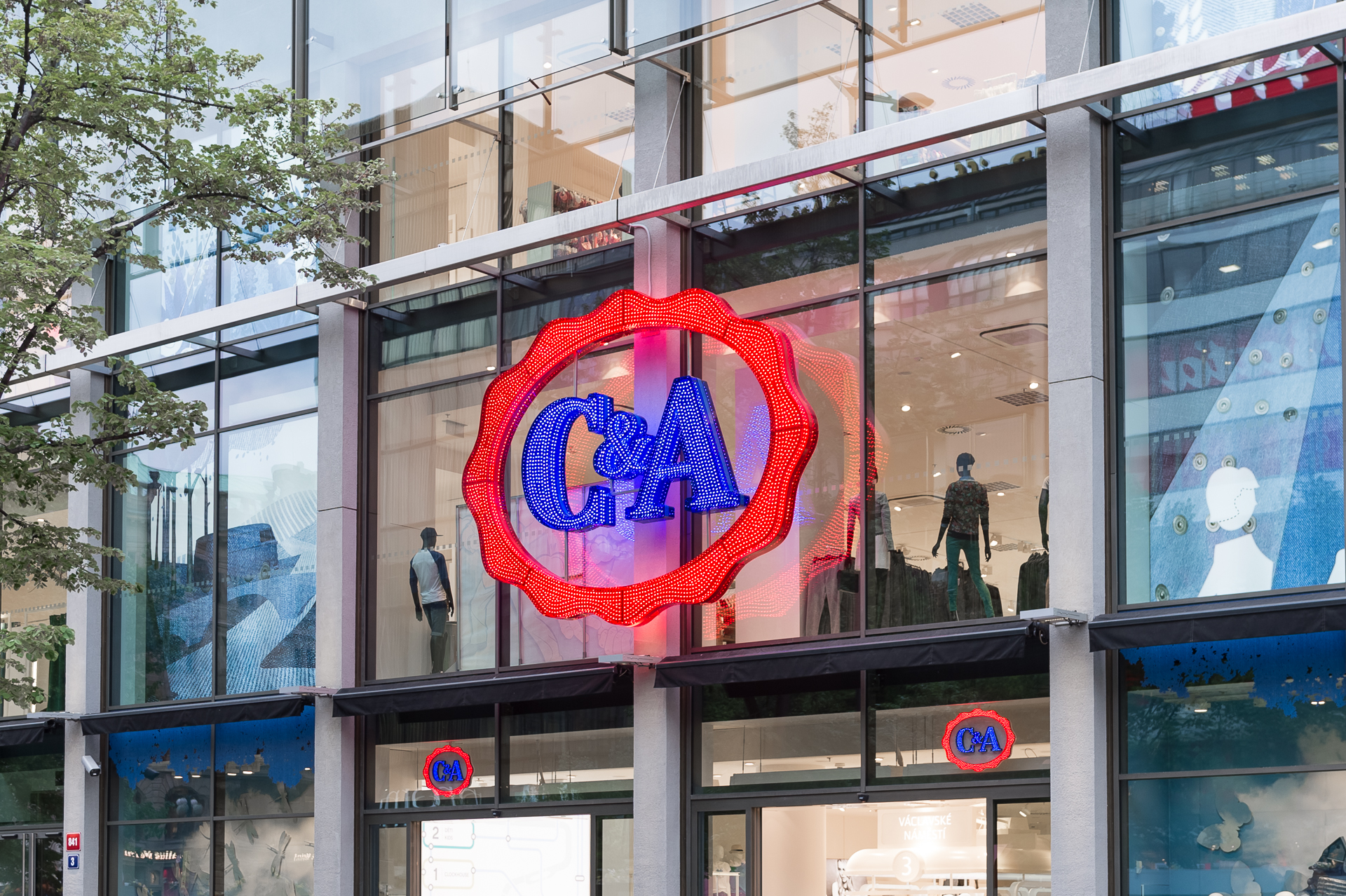 ▷ 1.300 c&a filialen in europa wegen covid-19 geschlossen