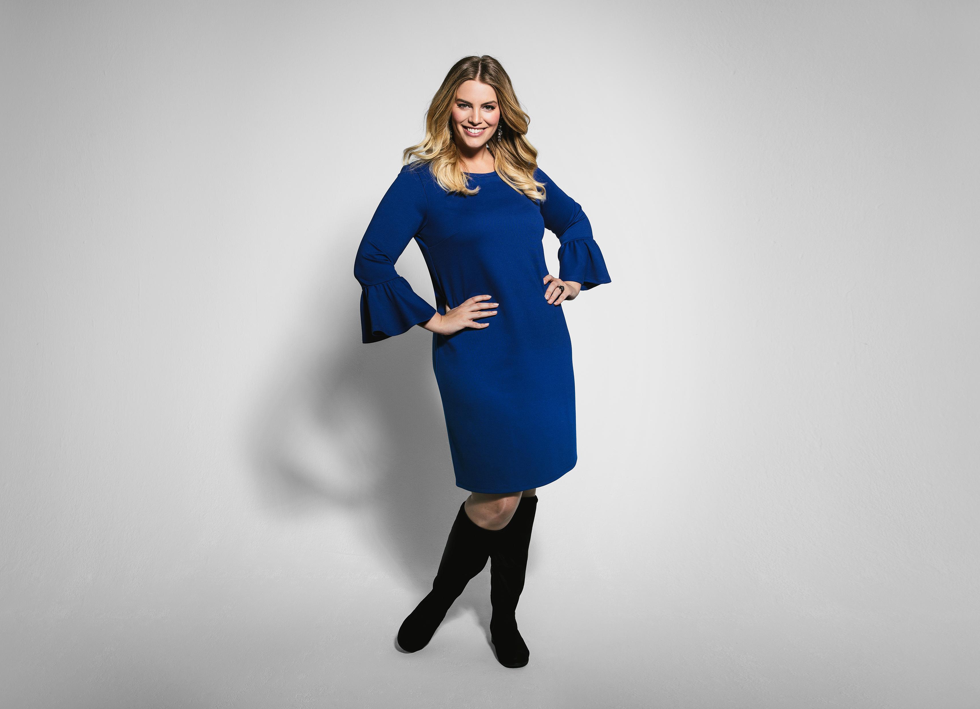 Rock Your Curves Angelina Kirsch Macht Mit Aldi Mode Für Kurvige