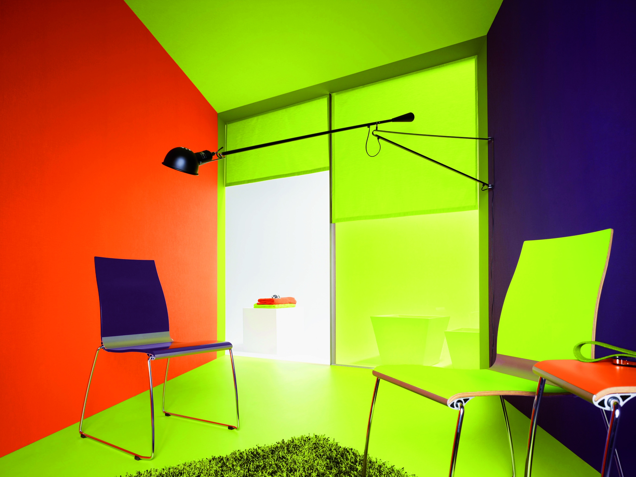 Tapeten trends 2011 mutige kombinationen in farben for Raumgestaltung 2 farben