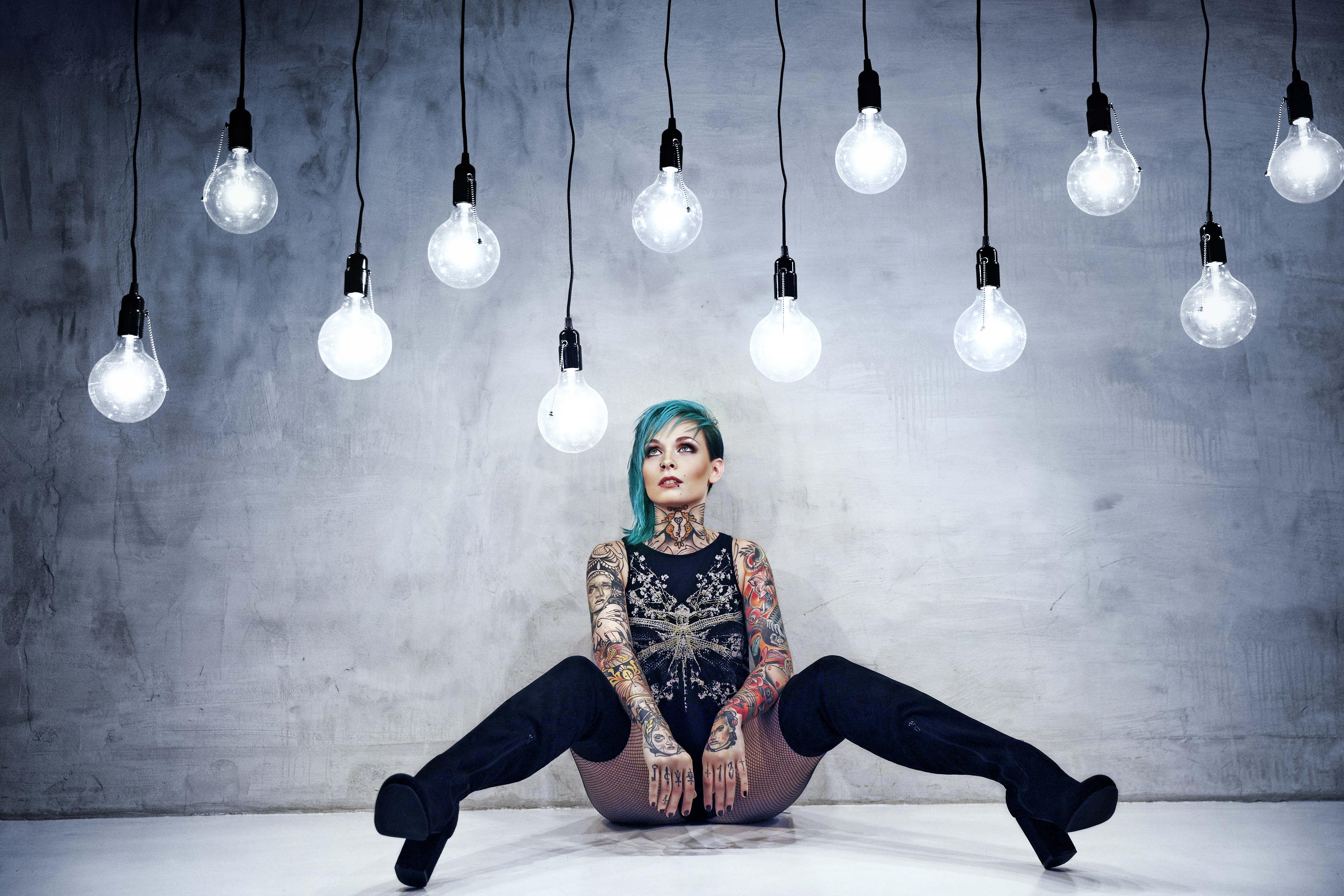 tattoo girl nackt