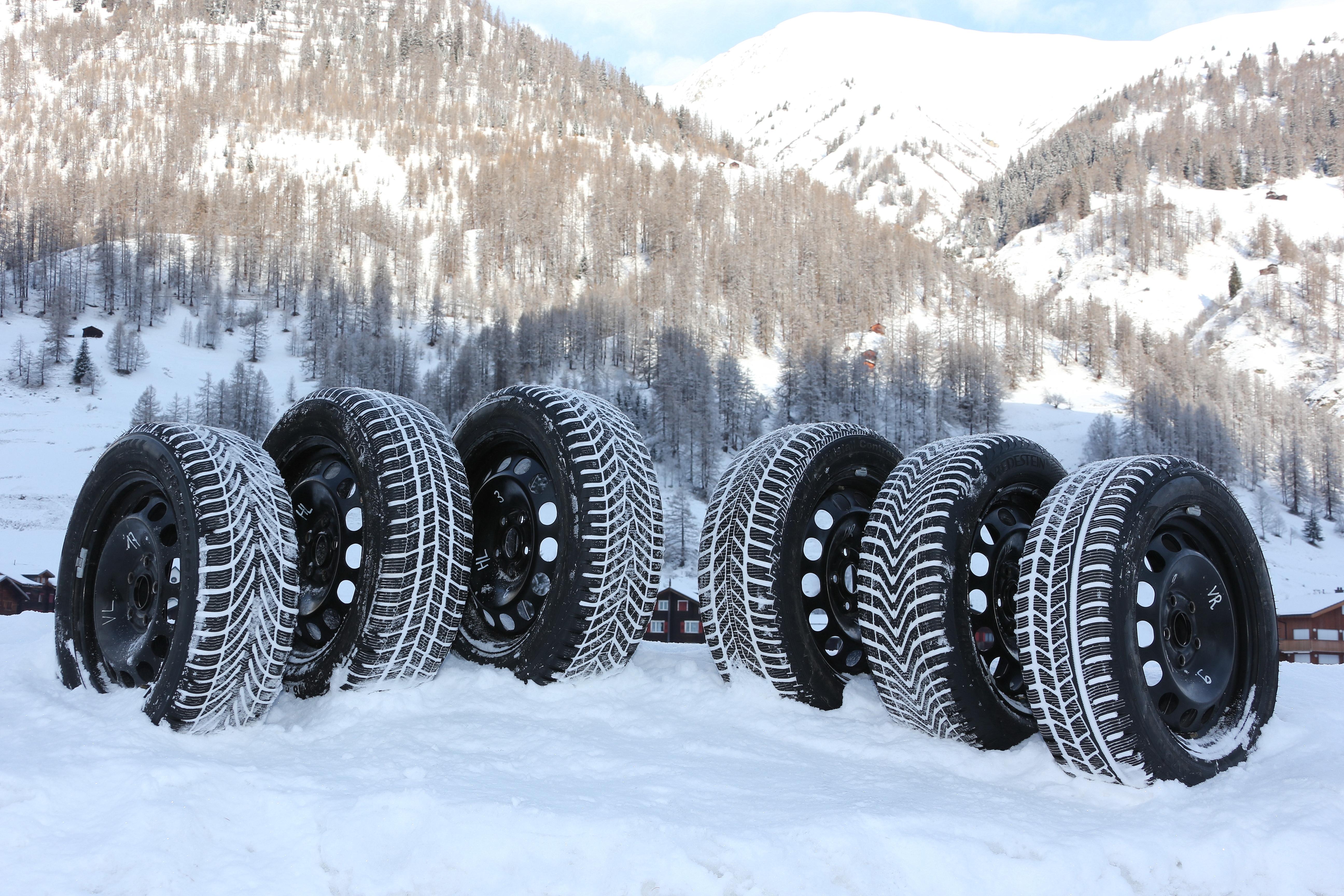 test tcs de pneus d 39 hiver 2015 presque tous les pneus ont obtenu au minimum la presseportal. Black Bedroom Furniture Sets. Home Design Ideas