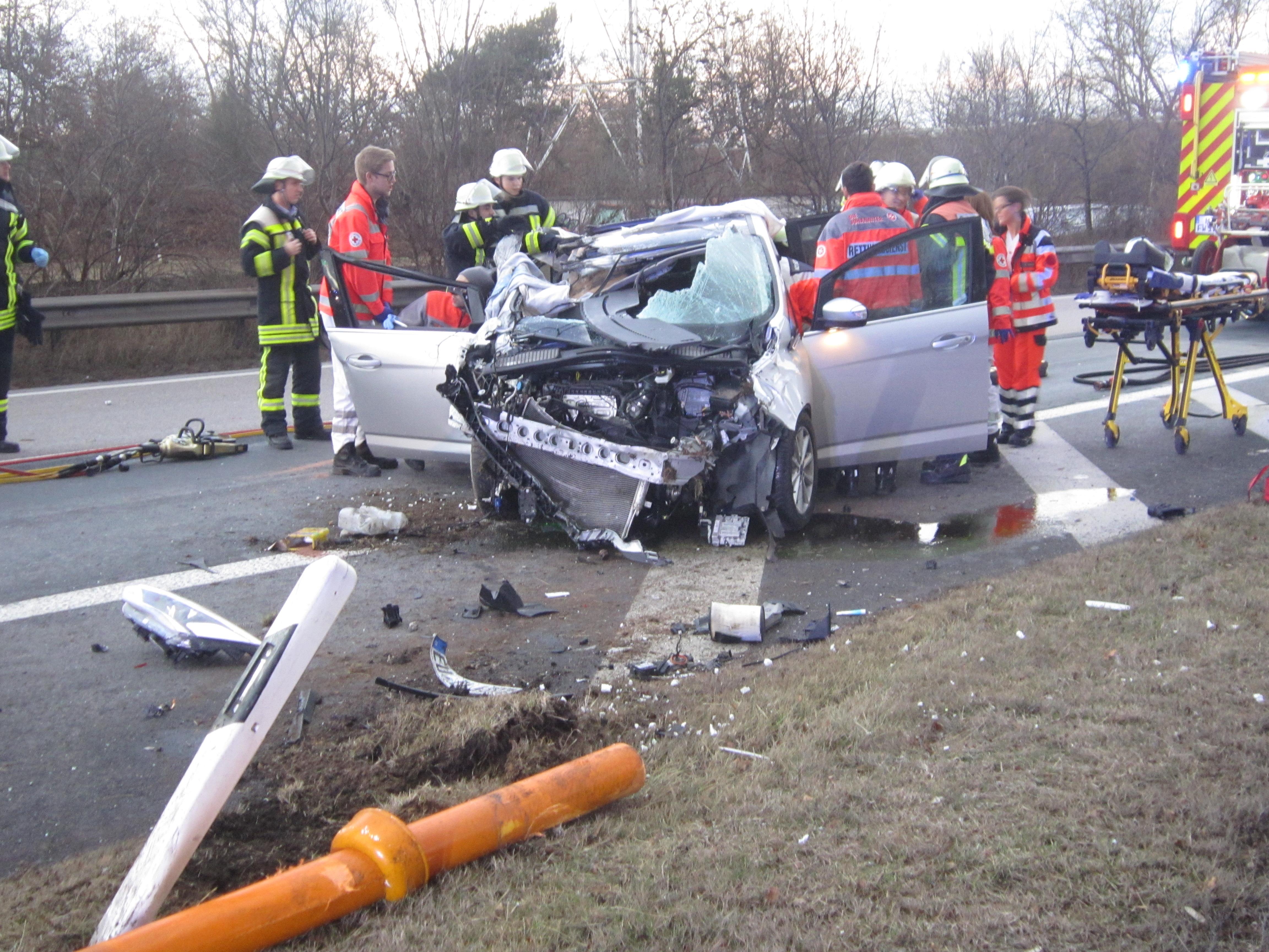 ▷ POL-VDMZ: Verkehrsunfall mit Personenschaden auf der BAB 643 ...