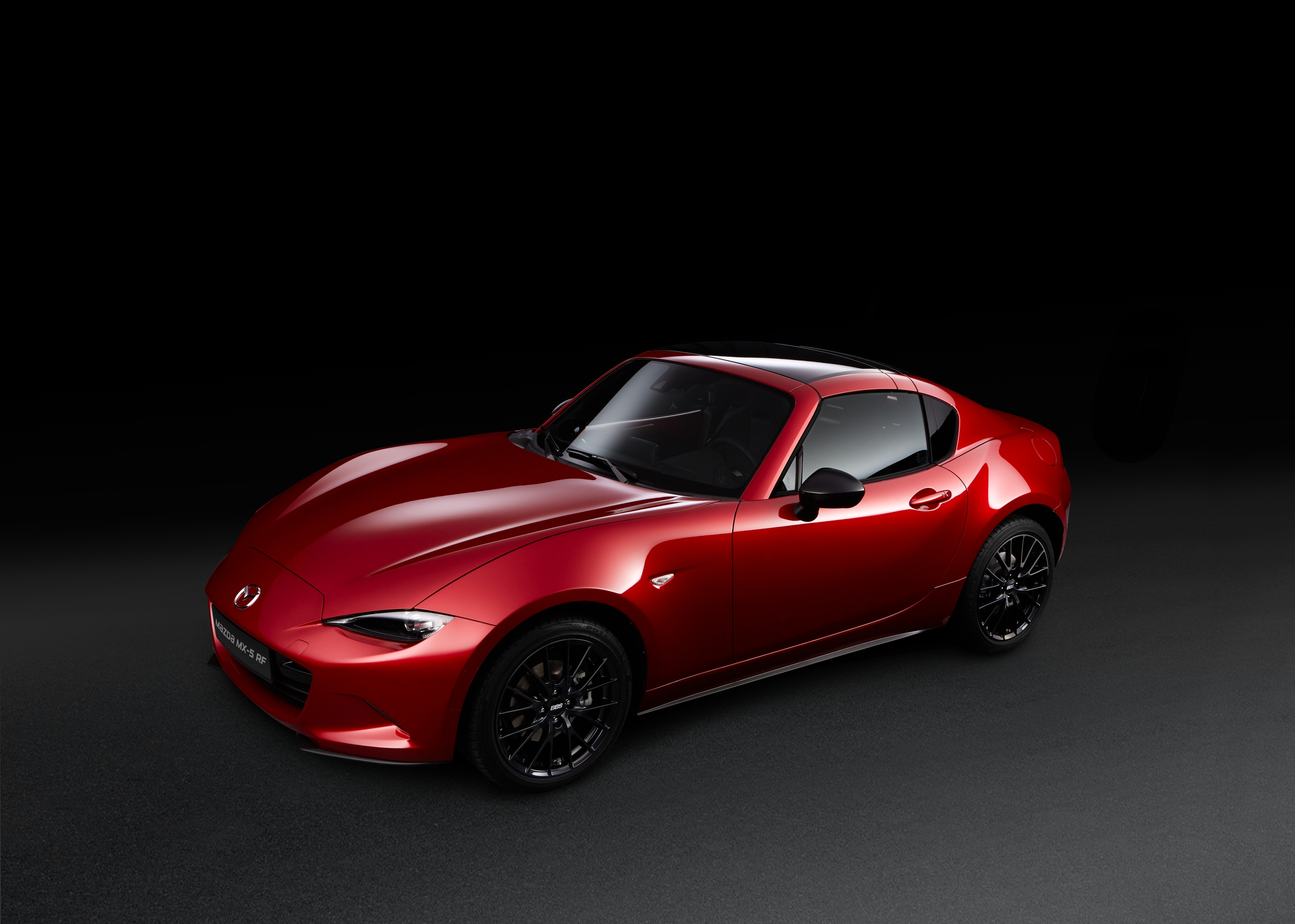 sondermodell mazda mx 5 rf ignition ausschlie lich ber. Black Bedroom Furniture Sets. Home Design Ideas