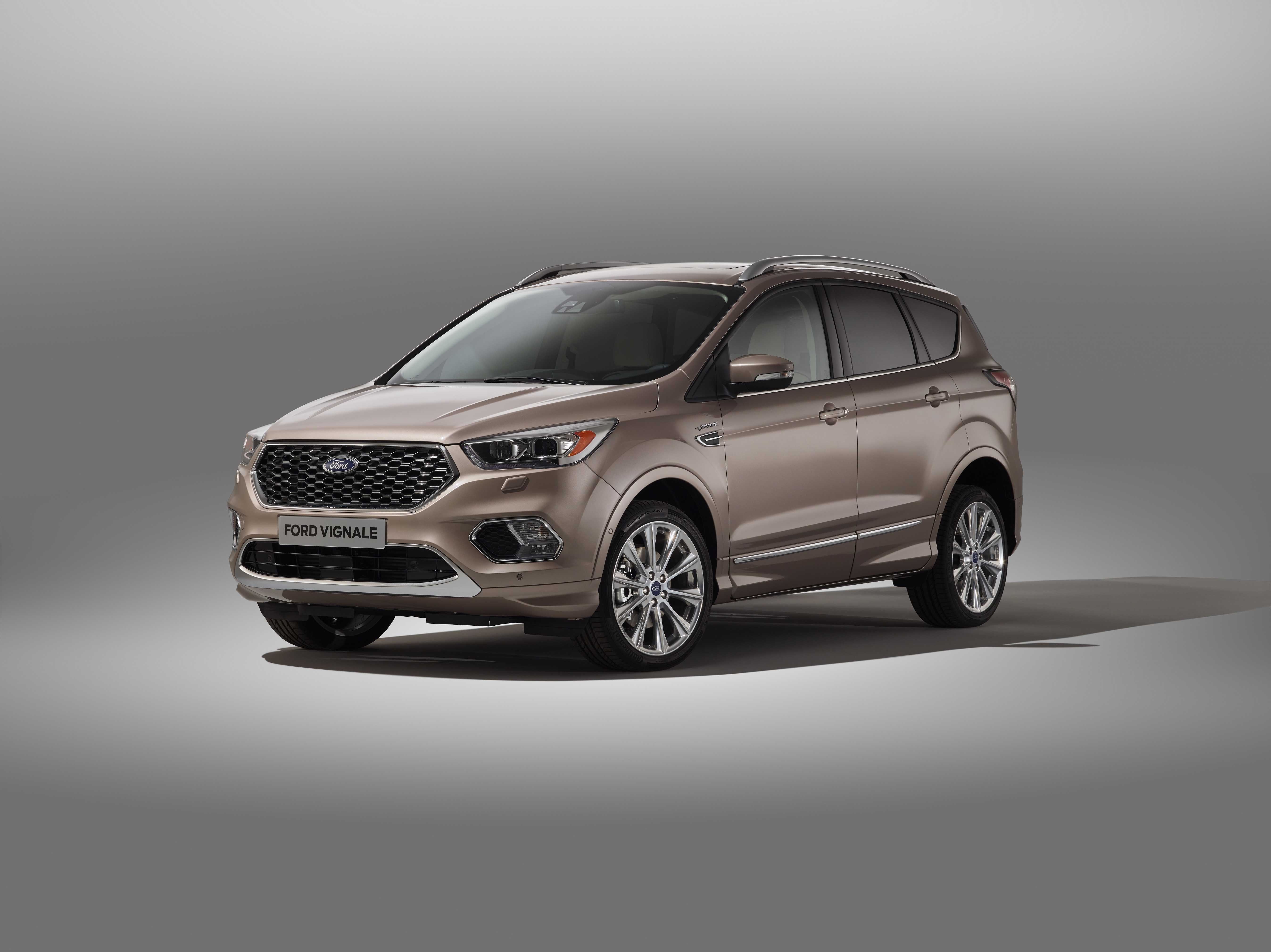 ford pr sentiert neuen kuga vignale aufgewertetes suv. Black Bedroom Furniture Sets. Home Design Ideas