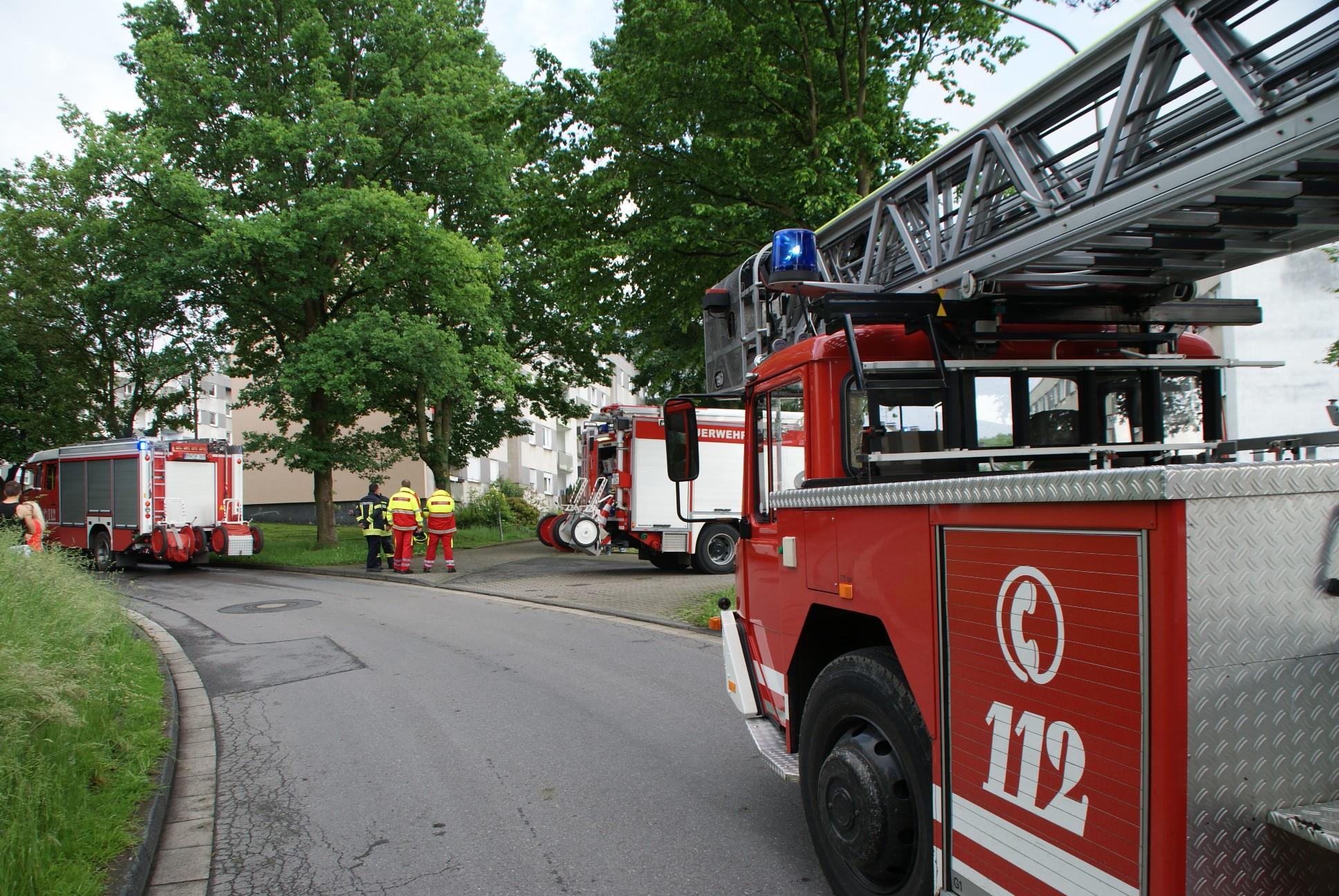 Fw Ar Gasaustritt In Neheimer Mehrfamilienhaus