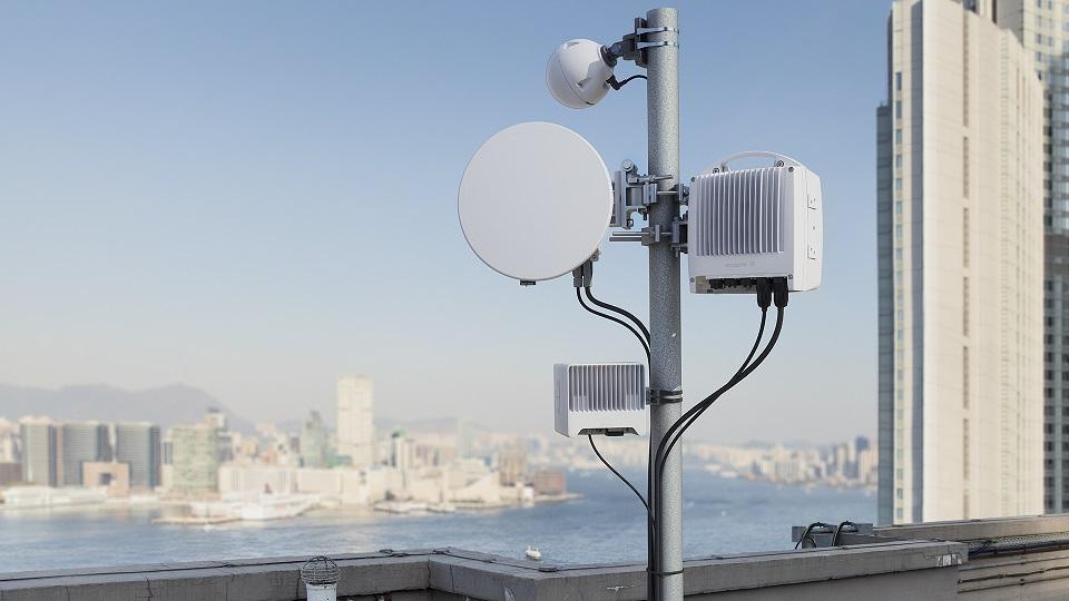 Deutsche Telekom Und Ericsson Erzielen Glasfaserahnliche Ergebnisse Mit Drahtlos Backhaul